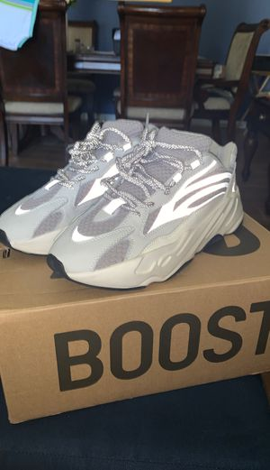 Yeezy 700 Statics for Sale in Land O' Lakes, FL