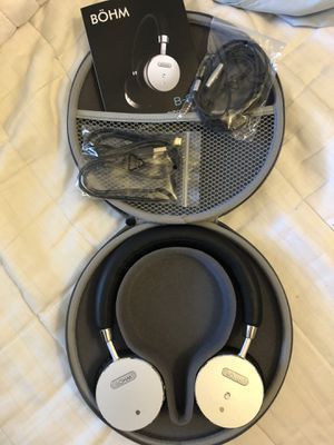 Bohm noise canceling headphones for Sale in Fresno, CA