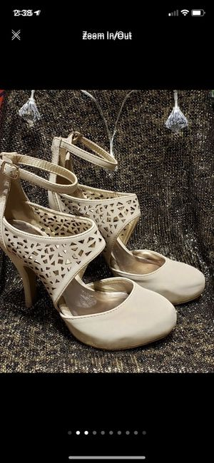 Beige heels for Sale in San Juan, TX
