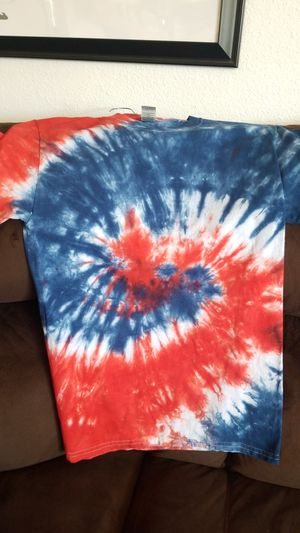 New tie dye shirt adult small for Sale in Yelm, WA
