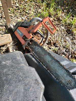 Chainsaw for Sale in Pasadena, TX