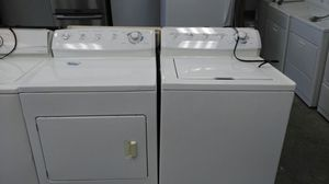 """Frigidaire """"washer and dryer set"""" (white) for Sale in Cleveland, OH"""