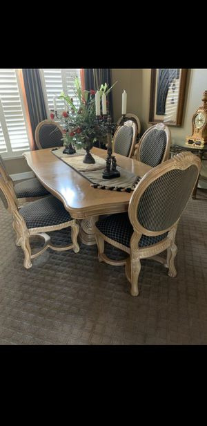 Dining Room table sits 8 for Sale in Modesto, CA