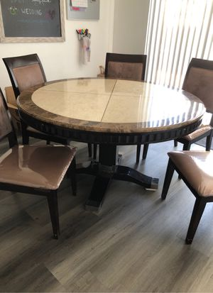 Granite kitchen table and 5 chairs for Sale in Las Vegas, NV