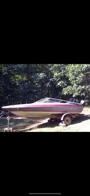 Free boat with trailer for Sale in New Rochelle, NY
