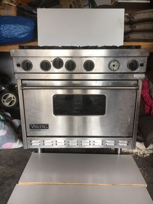 Viking professional gas stove for Sale in Shelton, CT