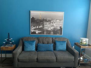 Gray sofa for Sale in MD, US