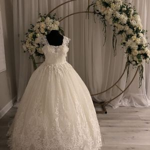 Used One Time Wedding Dress for Sale in Jamul, CA