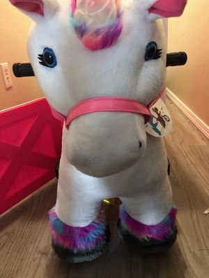 Willow the Unicorn 6v ride on toy for Sale in Tacoma, WA