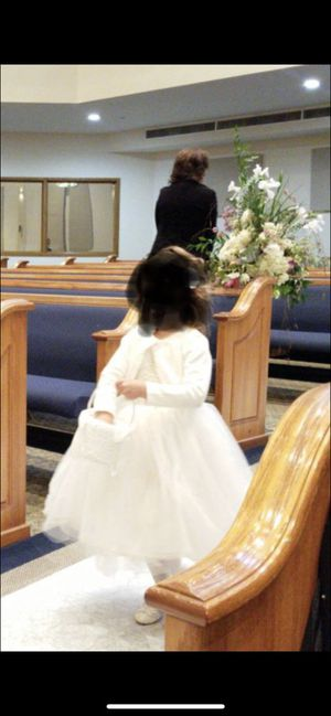 Beautiful Boutique Flower Girl Dress 4T - 5T for Sale in Houston, TX