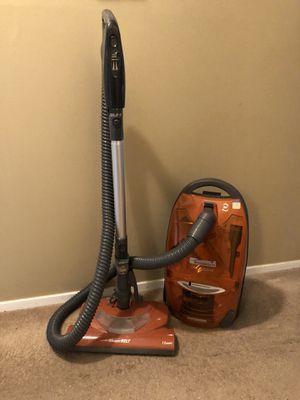 Kenmore True HEPA Canister Vacuum for Sale in Edmonds, WA