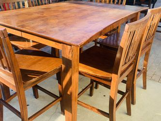 Nice Tall Dining Set !!! 7 Chairs And Leaf !! for Sale in Fresno,  CA