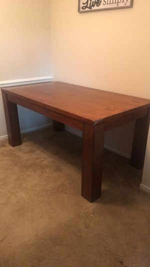 Kitchen Table + 6 Chairs for Sale in Nashville, TN