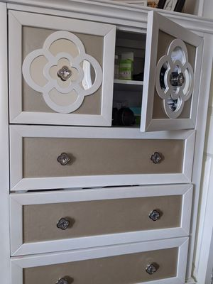 Dresser for Sale in Irvine, CA