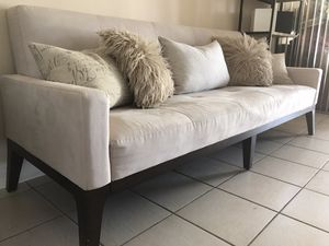Pottery barn Sleeper sofa for Sale in Miami, FL