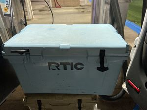Cooler artic 45 for Sale in Tyler, TX