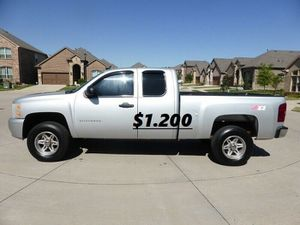 ✯Price 💲12OO For sale URGENT 2011 Chevrolet Silverado for Sale in Oxnard, CA