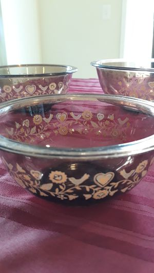 Pyrex vintage Nesting 3 bowl set for Sale in Puyallup, WA