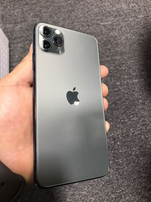 iPhone 11 Pro Max ‼️‼️ 256GB ‼️‼️ AT&T CRICKET for Sale in Doral, FL