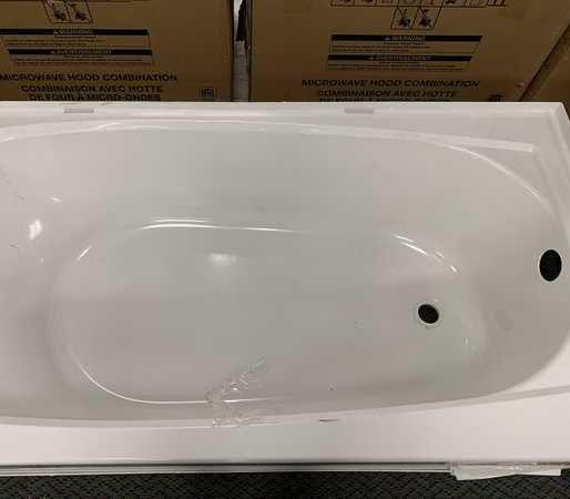 Brand New Sterling 5ft Bathtub! LBW