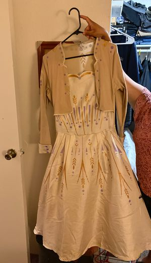 Elsa wedding dress for Sale in Riverside, CA