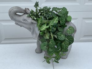 Beautiful Elephant Planter for Sale in New Port Richey, FL