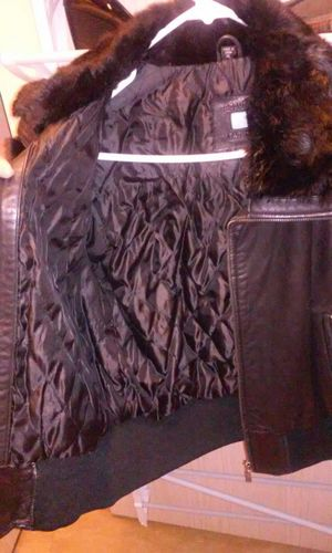 Real Leather Azzure Rabbit Fur coat Xl (but more like a large) for Sale in Seattle, WA