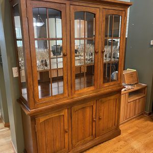 China Hutch for Sale in Snohomish, WA
