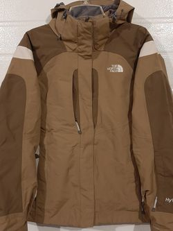 The North Face Hyvent Snow Jacket for Sale in Camano,  WA