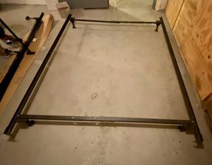 Queen size bed frame for Sale in Buffalo, NY