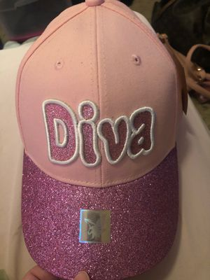 Diva hat for Sale in Randolph Air Force Base, TX