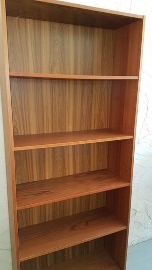 2 big bookshelves very good quality for Sale in Marietta, GA