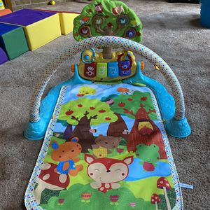 Tummy Time Play Mat for Sale in Western Springs, IL