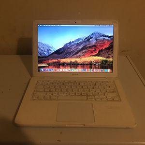 MacBook White Unibody for Sale in Philadelphia, PA