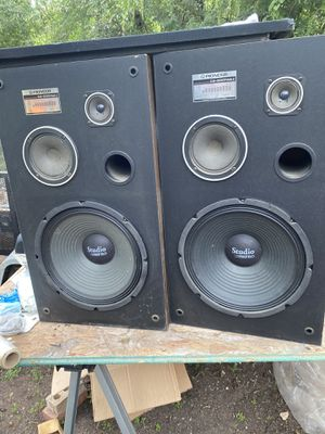 12in Pioneer Speakers with box for Sale in Fort Worth, TX