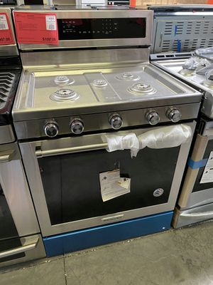NEW KitchenAid Stainless Steel Gas Range Stove Oven 1 Year Manufacturer Warranty Included for Sale in Gilbert, AZ