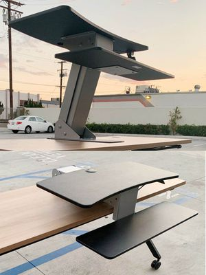"""New in box HON Model HS1100 Desk Top Riser Work Adjustable Height Sit to Stand Desktop Mounted Works Between 20"""" to 30"""" Depth NOT INCLUDE DESK for Sale in Los Angeles, CA"""