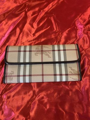Authentic Burberry wallet / like new condition for Sale in Cudahy, CA