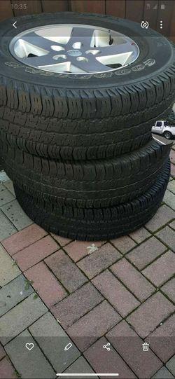 255 75 17 Jeep Wrangler wheels and tires (5) for Sale in Woodbridge,  VA