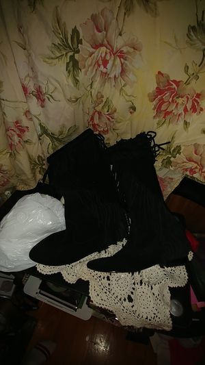 Boone Fringe knee boots for Sale in Lyman, SC