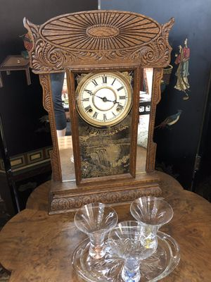 Working antique clock for Sale in Brookshire, TX