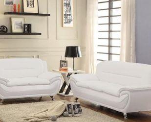 Beautiful Loveseat Sofa for Sale in Hialeah,  FL