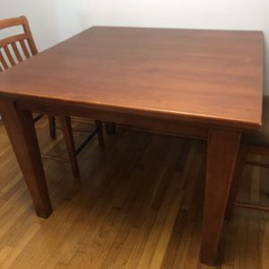 Tall Dining Set for Sale in Pittsburgh, PA