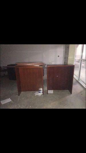 2 bookshelves for Sale in Miami Gardens, FL