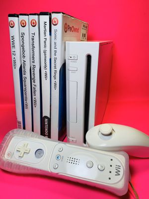 Nintendo Wii w/ 5 Games for Sale in Grand Prairie, TX