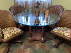 Dining table and chairs, Tiki tropical style, glass top, great condition! for Sale in Lee's Summit, MO