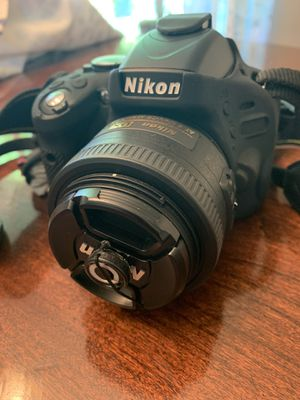Nikon D5100 camera with lots of extras for Sale in Oregon City, OR