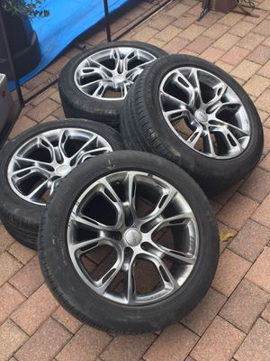 "GENUINE SRT 8 srt8 Jeep Grand Cherokee 20"" wheels rims for Sale in New York, NY"