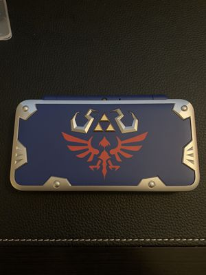 Nintendo 2ds xl hylian Edition for Sale in Grove City, OH
