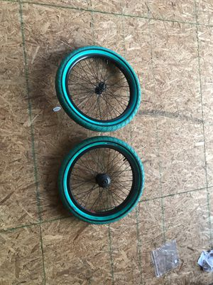 Set of rims and tires for Sale in New Holland, PA